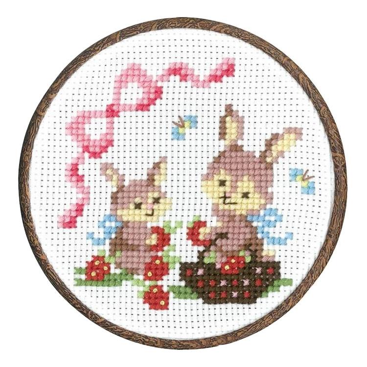 オリムパス クロス・ステッチ刺しゅうキット 森のかわいいなかまたちシリーズ ウサギのイチゴ摘み 7483